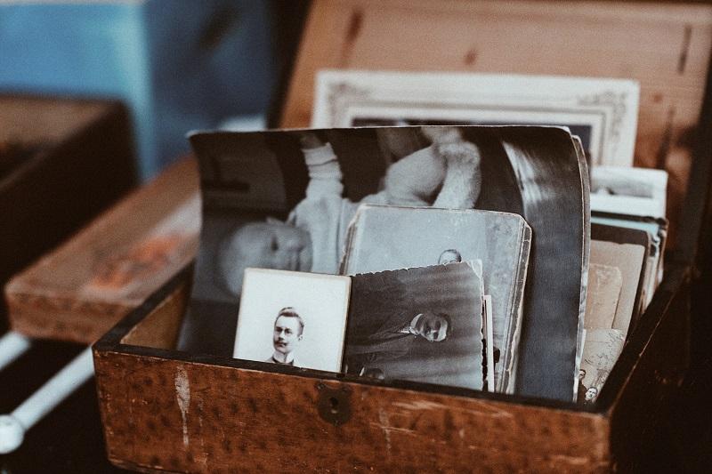 Boîte de vieilles photos
